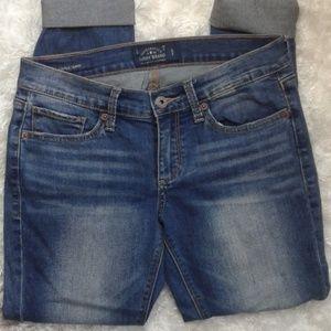 Lucky brand size 4/27 skinny jeans